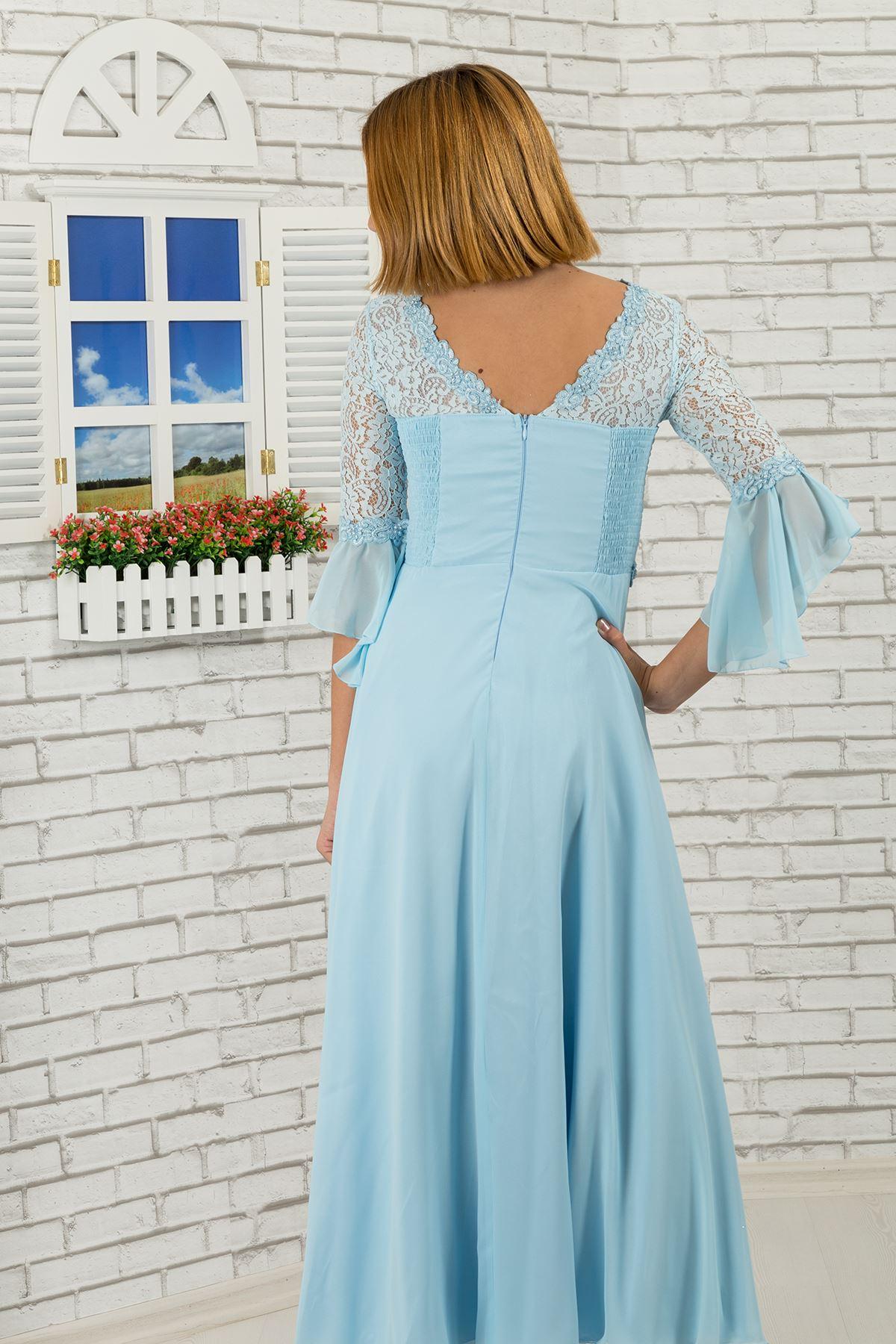Dívčí večerní šaty s krajkovým tělem a rukávy, květinový detail v pase 463 Baby Blue