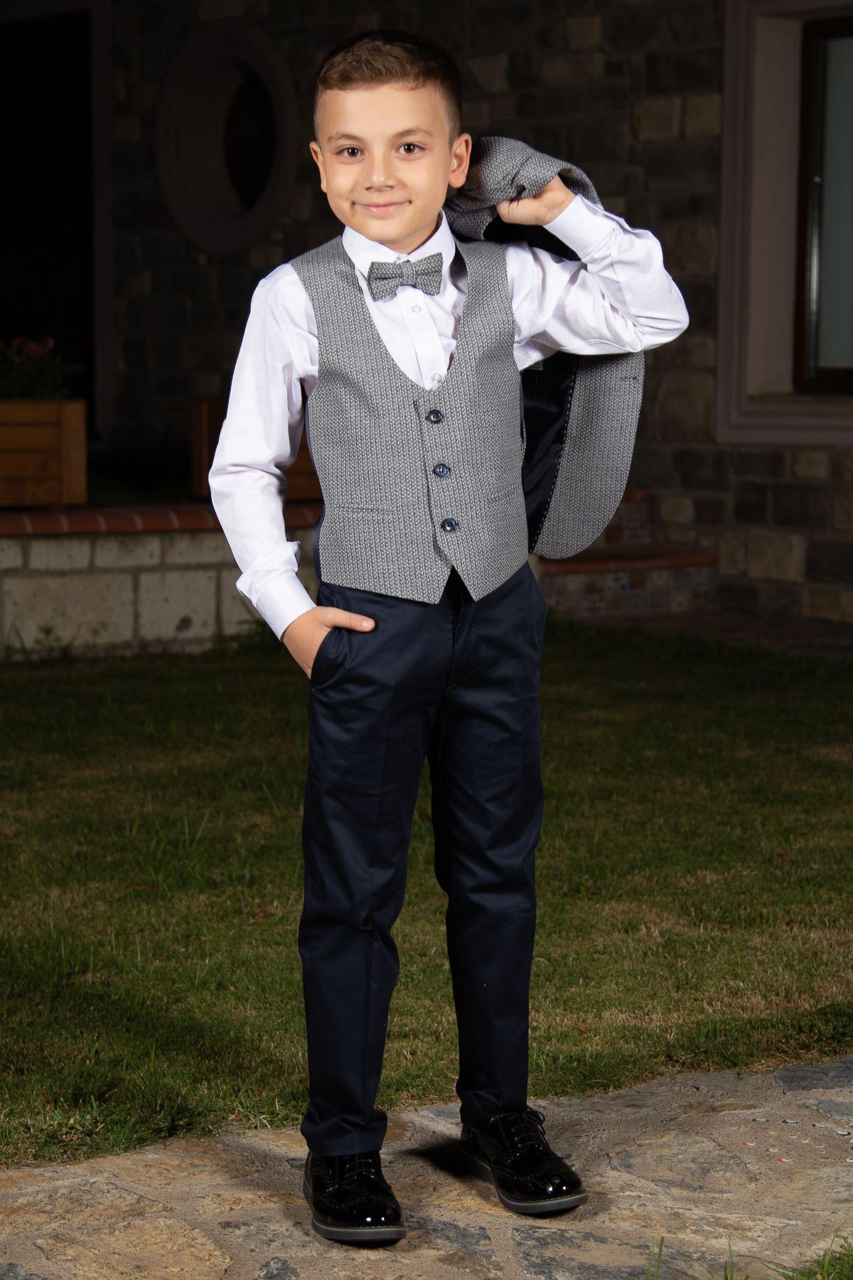 Pletená textilie, kapesní klopa, mono límec, úpletový oblek Boy Navit 148 Navy